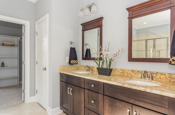 Master bath by MarDon Construction
