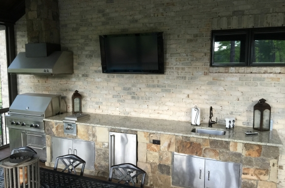 Custom Grill and outdoor patio feature by MarDon Construction